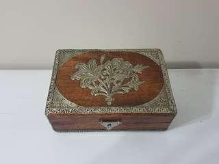 Indian Accessories Box