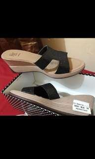 FLY shoes black wedges 38 NEW