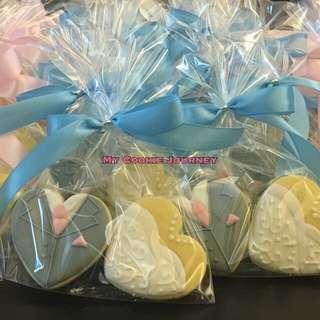 男女結婚禮服 5cm心形糖霜曲奇回禮小禮物