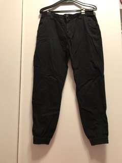 韓版潮流黑色束口褲