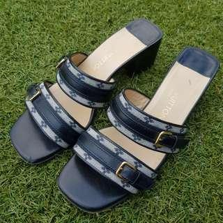 Louis Vuitton Sandals Mules Slides