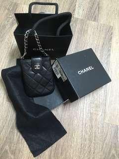 Chanel mini 香奈兒羊皮銀鍊 無磨損、刮痕、金屬亮亮(卡包、鑰匙包、錢包、吊飾,自由發揮,有盒子、小黑布,絕版限量原價近3萬