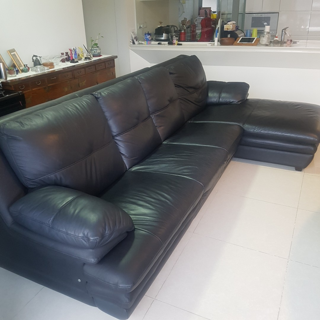 4 seater leather sofa with extension, Furniture, Sofas on Carousell