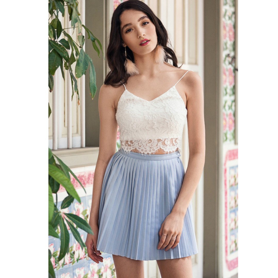 907a6854f2 BNWT TCL THECLOSETLOVER THE CLOSET LOVER Sydney Pleated Skirt in ...