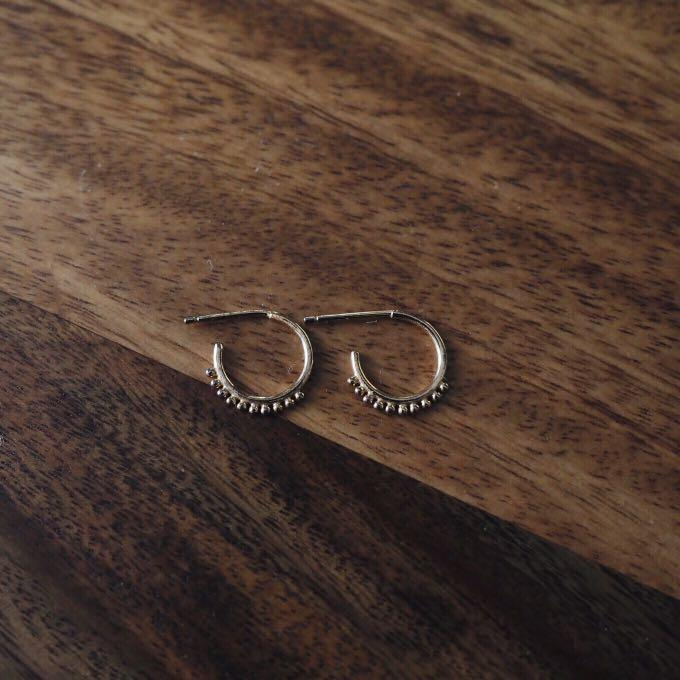By Charlotte Hoops (Gold)