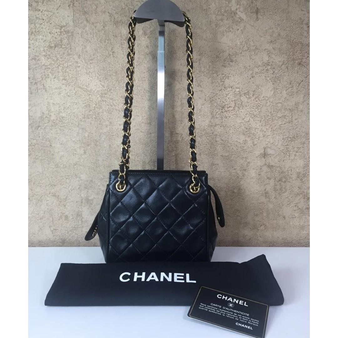 03452803ec069e CHANEL VINTAGE QUILTED MINI SQUARE SHOULDER BAG, Luxury, Bags ...