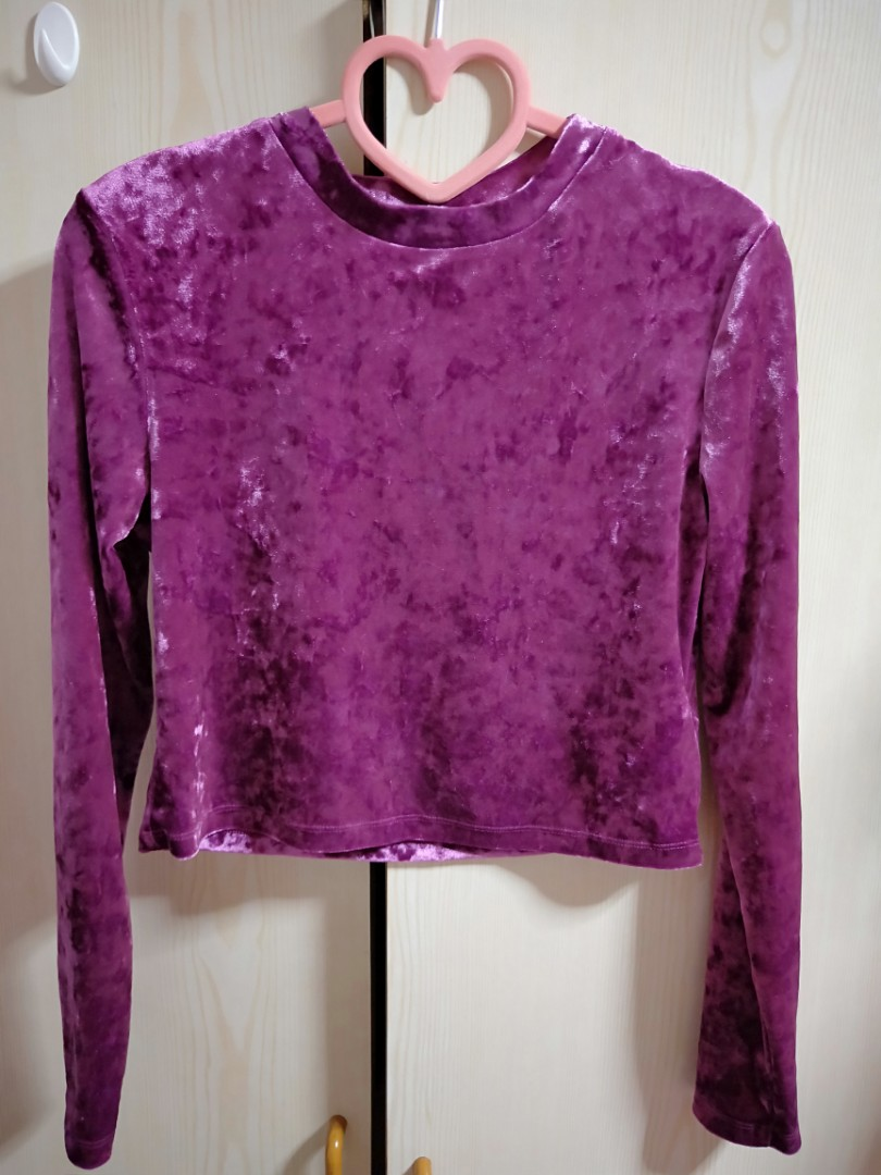 a8b7a5a35666d Cropped velvet top - brand new!