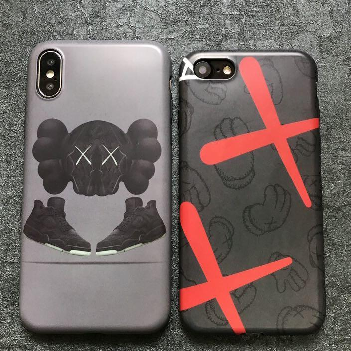 kaws iphone xs max case