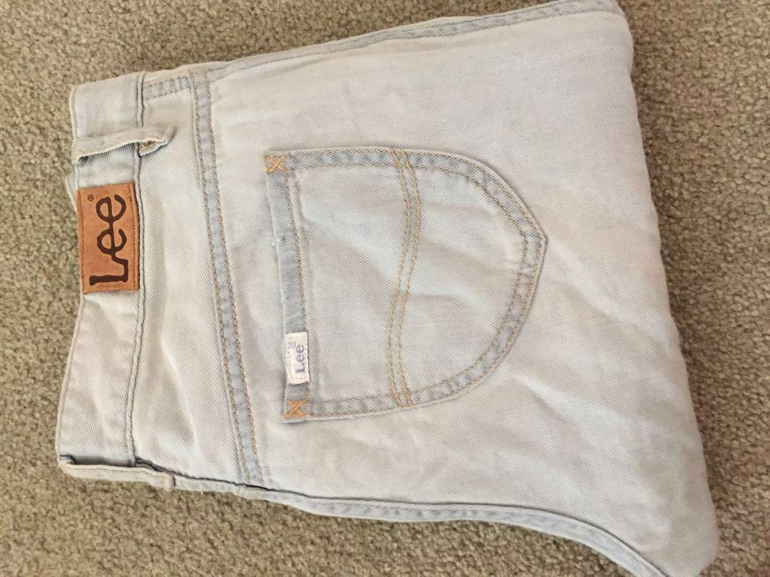 Lee ripped jeans! Size 8