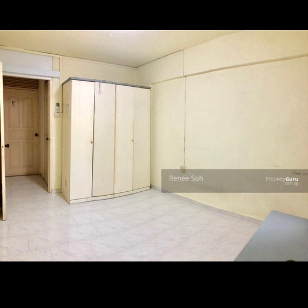 Master Bedroom For Rent Property Rentals Hdb On Carousell