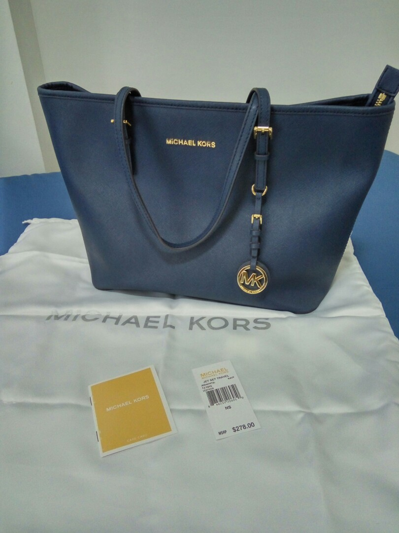 fa8fbad880 Fast deal  150 )Michael Kors jet set travel tote