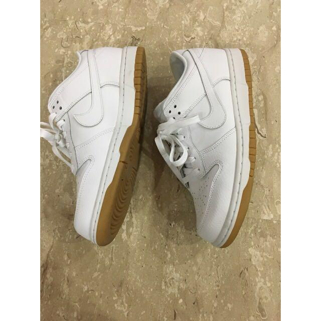 hot sale online 1bd07 af9a8 Nike Dunk Low Essential Trainers in White / Sneakers ...
