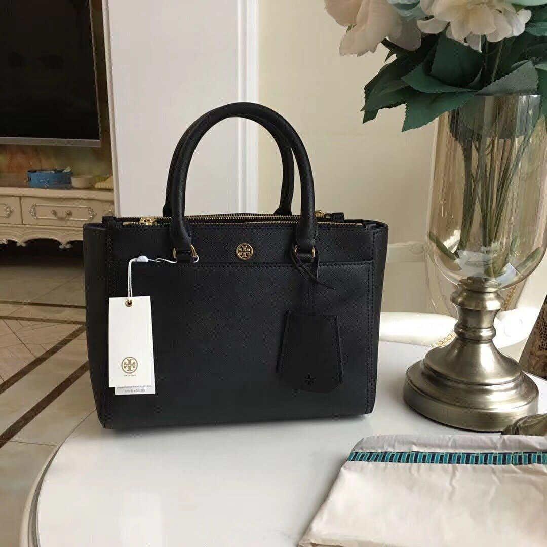 844e2a17c8 Tory Burch Robinson Double zip Tote bag, Women's Fashion, Bags ...