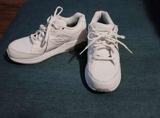 New Balance 928 V1 Dad Shoes Size 7.5/38