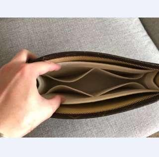 LV Toiletry Pouch bag organiser (without zip)