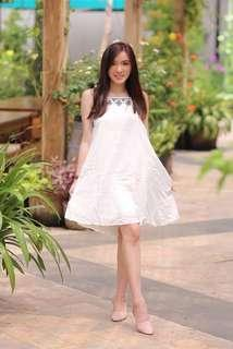 Embroidered Drees