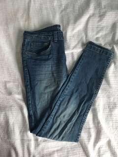 COTTON ON MID RISE JEANS