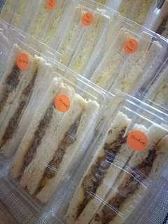 Jumbo sandwiches
