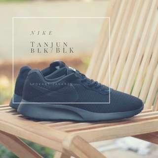 Nike Tanjun BLK/BLK