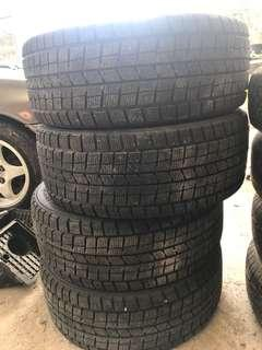 Snow tyre for sale 17 inch
