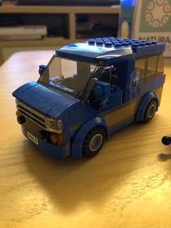 Lego Camping 車