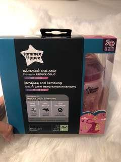 Tommee Tippee Advanced anti-colic Girl Feeding Bottles - 260ml