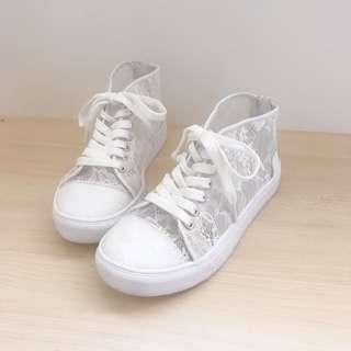 PAVEMENT girls lace hi top zip up shoes size 32