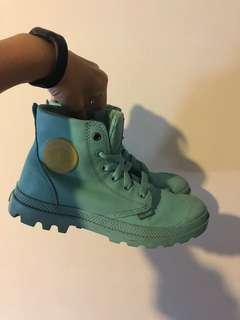 🚚 Palladium 靴子