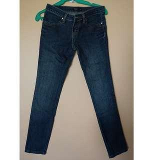 Fitted Low Waist Jeans