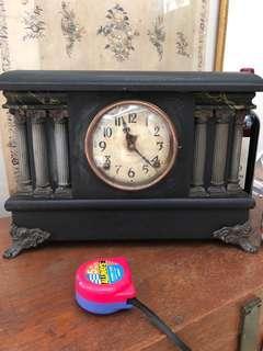 Clock table/ mantle antique INGRAHAM . 1910 . 15.5 inch