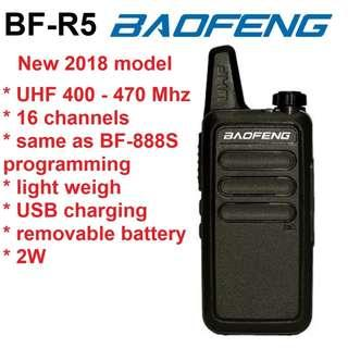 🚚 2018 model! BAOFENG BF-R5 black Mini Portable two way radio UHF 400-470MHz travel convoy shopping walkie talkie transceiver