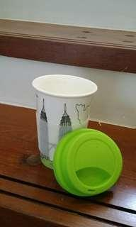 Special cup with cover for hot beverage drinker