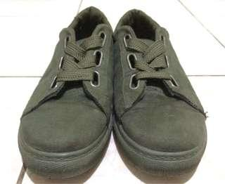 Authentic Shoes (Unisex)