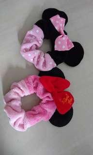 Minnie mouse Scrunchies -Preloved