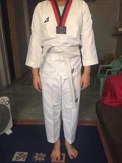 PEAK Taekwondo Uniform