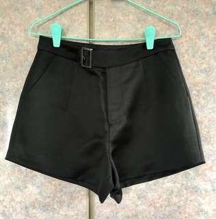 OSMOSE Black Shorts