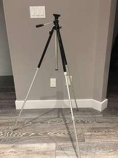 Camera / Video Camera Tripod