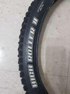 "Maxxis High Roller II 27.5"" x 2.4"" DH Casing Tyre"