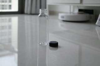300ml plastic clear water bottle with black lock cap