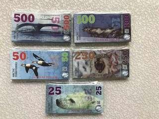 新北極&南極鈔票(有多套