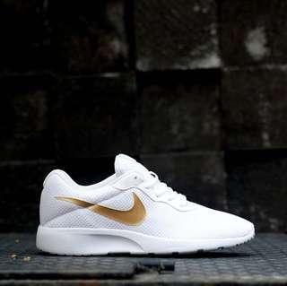 Sneakers Nike Tanjun Gold