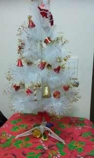 Spacesaver Cute Christmas Tree Negotiable
