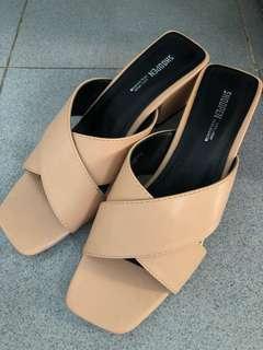 Brand new sandal 250