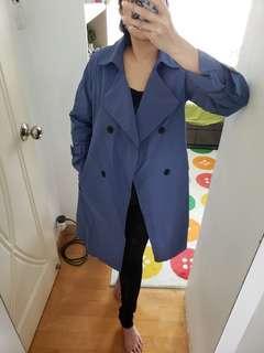 全新藍色風褸外套(後面係格仔)