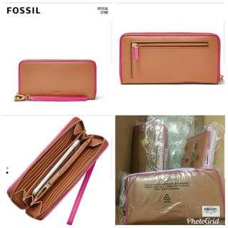 Price Reduced!! Authentic Fossil Wallet #SINGLES1111