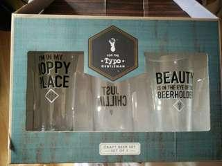 🚚 BNIB beer TYPO 3x  glasses