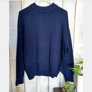 🚚 H&M Basic Blue Pullover/Sweater