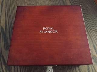 Limited Edition Hard Wood - Royal Selangor Pewter (Box Only)