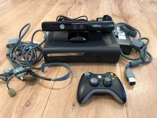 Xbox 360 + FREE Kinect Sensor