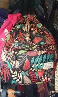 休閒 時尚 彩葉圖案 防水绢料面 背袋、背包、背囊